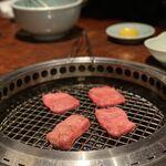 焼肉 肉どうし -