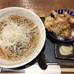 焔蔵 - ご飯セットの冷たい肉そば(700円)とAセット野菜天小丼(350円)