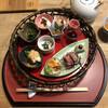 粟 - 料理写真:籠盛 葡萄の果皮ジュース、奈良県産大豆でできた豆腐しいたけ醤油麹漬、揚げ まなのお浸し、味間いも田楽、片平あかねの甘酢漬、菊菜の白和え、汲み上げ湯葉
