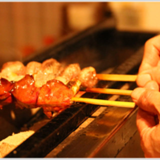 備長炭を使用した「焼き」へのこだわりで食材の旨み引き立つ