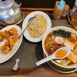 らぁめん嬉しや - 料理写真:令和3年2月 サービスランチ 醤油らぁめん+焼きめしS+唐揚げ 880円