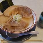 焔蔵 - 料理写真:冬限定チャーシュー麺