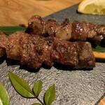 炉端と肉割烹 笹揶 - 牛タン串焼き
