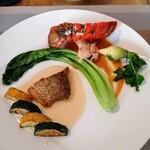ビストロ キューブマン - オマール海老と鮮魚 オマールの味の濃さ→殻を見て納得 お魚のソースは白ワインを効かせたクリーム系 これパスタにしたら最高だろな