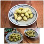 町屋 あかりや - お通し〔300円)・・青豆の煮浸し、優しい味わい。