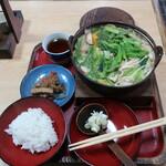 吉見うどん - 料理写真:味噌なべうどん