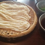 145678468 - ざるうどん(細打ち麺)