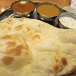インド定食 ターリー屋 - 2色カレー定食 790円