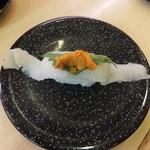 寿司めいじん - 料理写真:エンガワ一本うにのせ