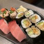 145688680 - 追加のお寿司…