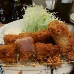 とんかつ神楽坂さくら - ヒレかつ、牡蠣フライ