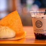 日光珈琲 - 和牛饅頭とブルーベリー牛乳