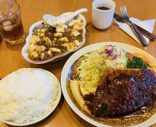 らいらい - トンカツ定食と麻婆豆腐