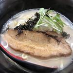 白湯麺屋 - 料理写真: