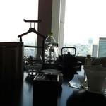 14571893 - モーニングコーヒーとともにバスジェルをおねだり