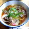 太湖 - 料理写真:肉うどん·350円。アッサリと頂けます。