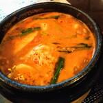 韓国家庭料理 唐辛子 - スンドゥブチゲ