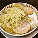 145724736 - 塩中華そば+ワンタン+味玉 700+170+100円