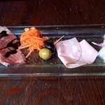 SAROS.the Quisson - 前菜5種盛り合わせ