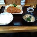 とんかつ錦 - 料理写真:ランチのロースカツ定食850円
