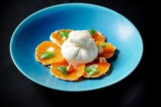 BLU - KAWABAブッラータチーズと甘い蜜柑