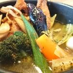 SoupCurry Beyond Age - チキンベジ ¥1100*薬膳スープ*辛さ5番