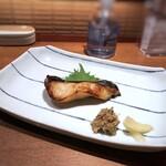 柳町 一刻堂 - メインは「お刺身盛り」「銀ダラの柚庵焼」「ぶり大根」「天ぷら盛り」から選びます。 ◆銀ダラ大好きですので「銀ダラ」を。