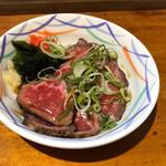 立ち呑み 365日 - 和牛肉たたき350円