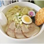 東武ラーメン - 塩チャーシューメン+ワンタン+コロッケ 700+110+110円