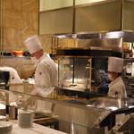 The French Kitchen - 総司令官の号令で・・
