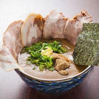 ◆濃厚動物スープ濃厚にぼし出汁