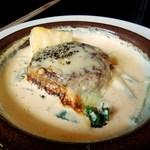 いしはら - ハンバーグのチーズオーブン焼きマッシュルームソース