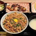 """鳥繁 - 料理写真:鳥繁 @西葛西 店員さんからの誤った情報で注文した """"小町定食(大)税込950円"""""""