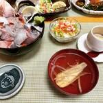 磯料理 光力 - 【限定5食】海鮮丼 ¥1,100-