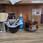 味噌屋 八郎商店 - 卓上調味料。