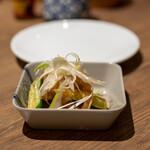 タイ料理 カフェランブータン - 2021.2 クラゲのおいし~いあえ物(590円)