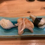 淳ちゃん寿し - 活貝三種(北寄貝、赤貝、ツブ)