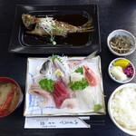 の一食堂 - 上刺身定食(¥1650)+黒ムツの煮付け(単品¥1540)。一人で贅沢なお昼を♪