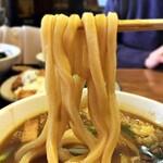 145820114 - カレーうどん 麺リフト