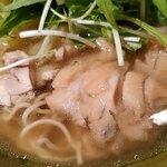 赤坂 レッドシックス - 鶏が丸々