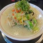 大豚白 - 大豚白麺(850円)