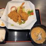 わらべ菜魚洞 - ミックスフライ&あら汁