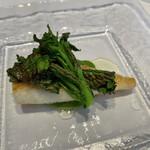145839922 - 長崎産的鯛のセモリナ粉焼き