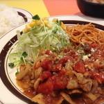 キッチンABC - 1番 ポークトマト(ライス&スープ付)¥680   2番 大盛ポークトマト(肉もライスも大盛)¥780
