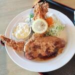 魅羅樹 - 料理写真:中ジャンボ海老フライとポークソテー