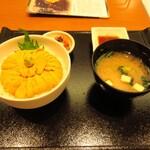函館うに むらかみ - 生ウニ丼(レギュラー)