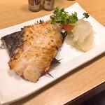 すみれ - あこう鯛粕漬け焼き650円