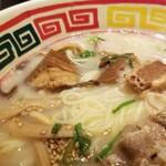 東京じゃんがら - 角煮と肉。