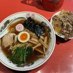 多文 - 「中華そば(並)」620円と「ミニ牛丼」250円