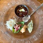 レカマヤジフ - 前菜(カレーの分解)
